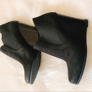 All Leather Audrey Brooke Wedge Ankle Booties 81/2
